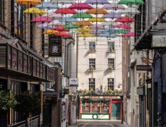 SIRO Zoom background - Umbrellas Street Anne's Lane Dublin